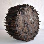 Tamburo, scultura in legno di recupero, cm 33x15,5