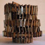 Strumento di luce, scultura in legno di recupero, cm 29x28,5