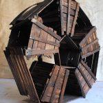 Futura, scultura in legno di recupero, cm 60x22