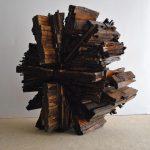 Ingranaggio futuro, scultura in legno di recupero, cm 66x35